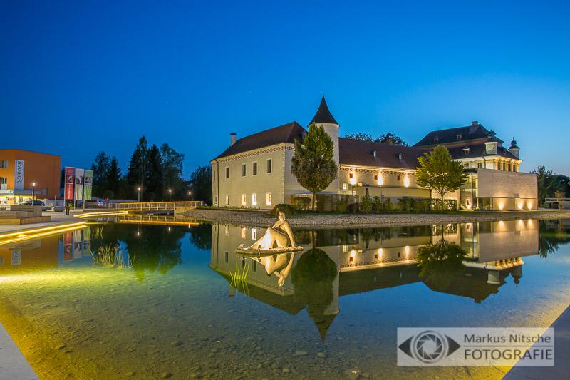 Nachtaufnahme Schloss Traun - Hochzeitsfotografie
